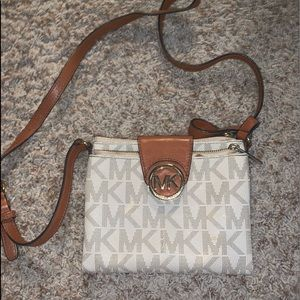 Micheal Kors smaller purse